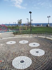 Porphyry-cubes-Park-on-Malta-224x300
