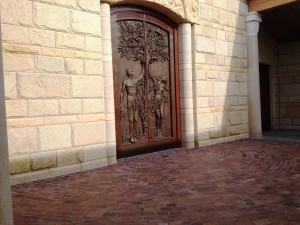 Porphyry-on-church-plaza-1-300x225